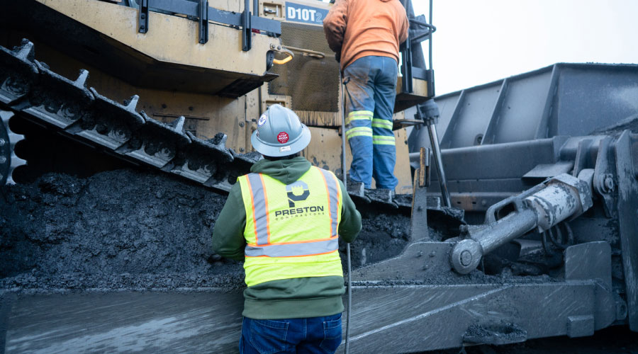 Preston Contractors Employees On A Cat D10t2
